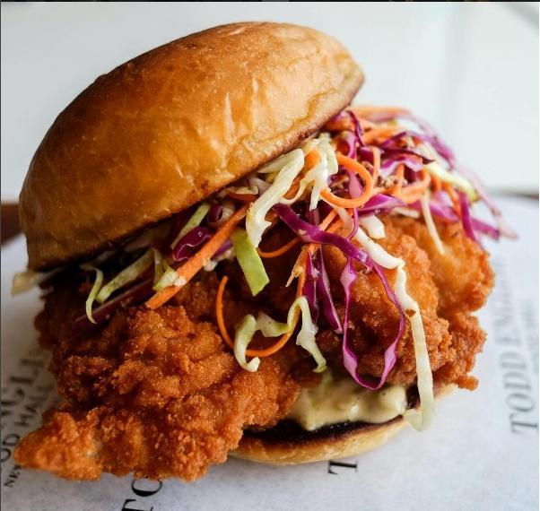 T.E. Crispy Chicken Burger