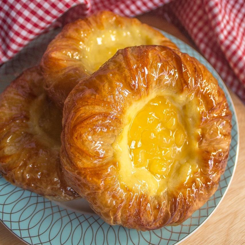 Apple Cheese Danish