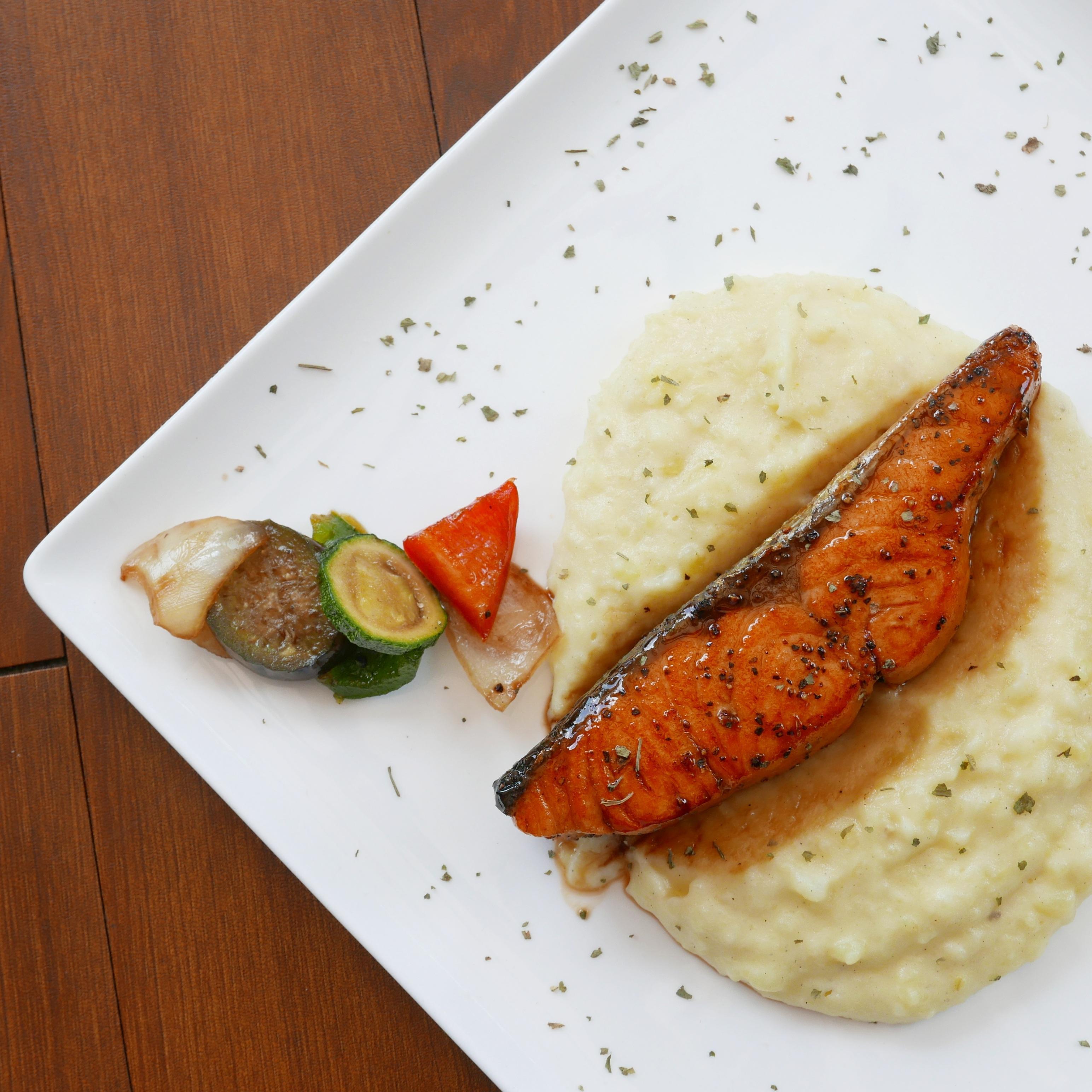 Grilled Soy Salmon Fillet