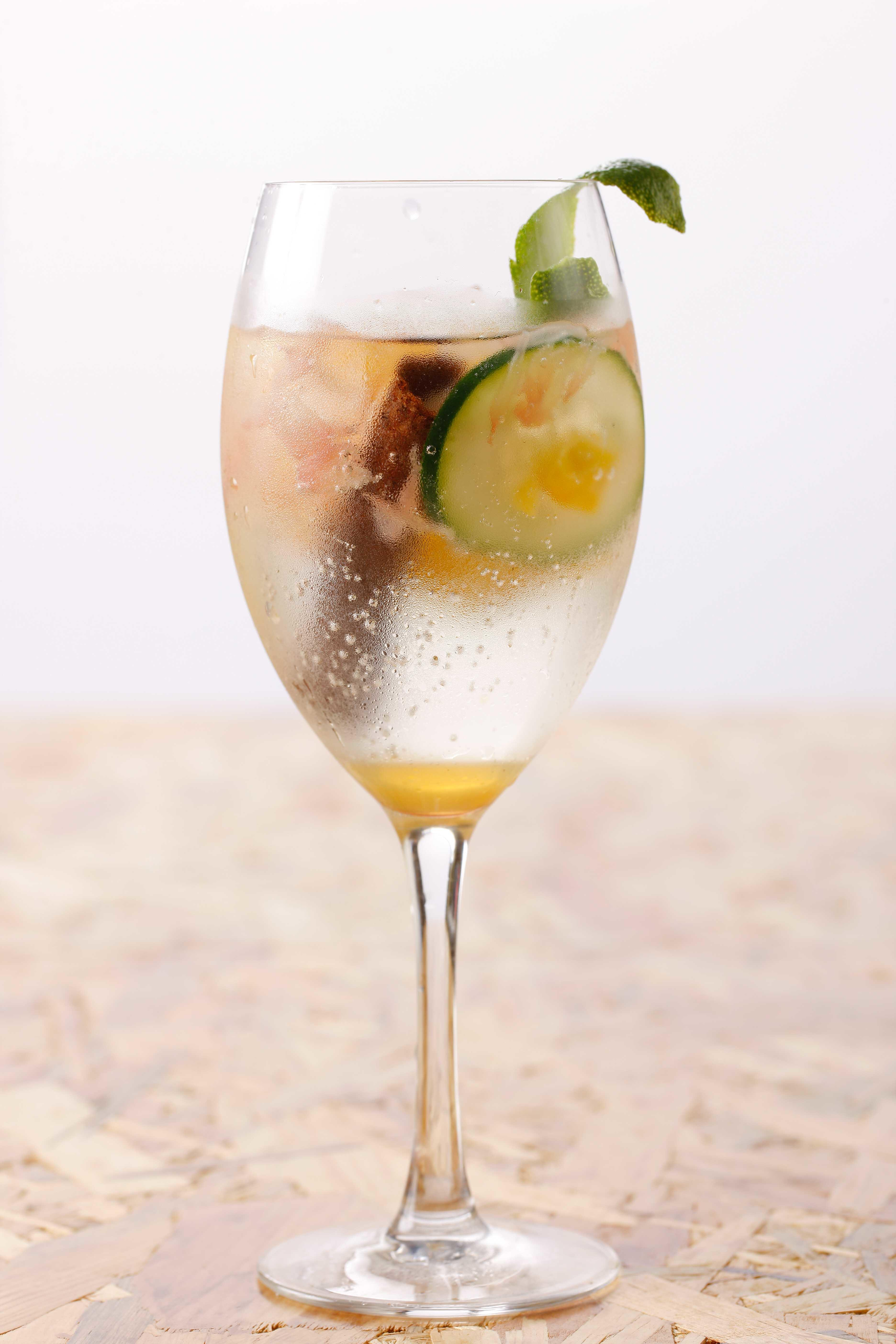 G&T Tropicale (Sophistication in the Tropics)
