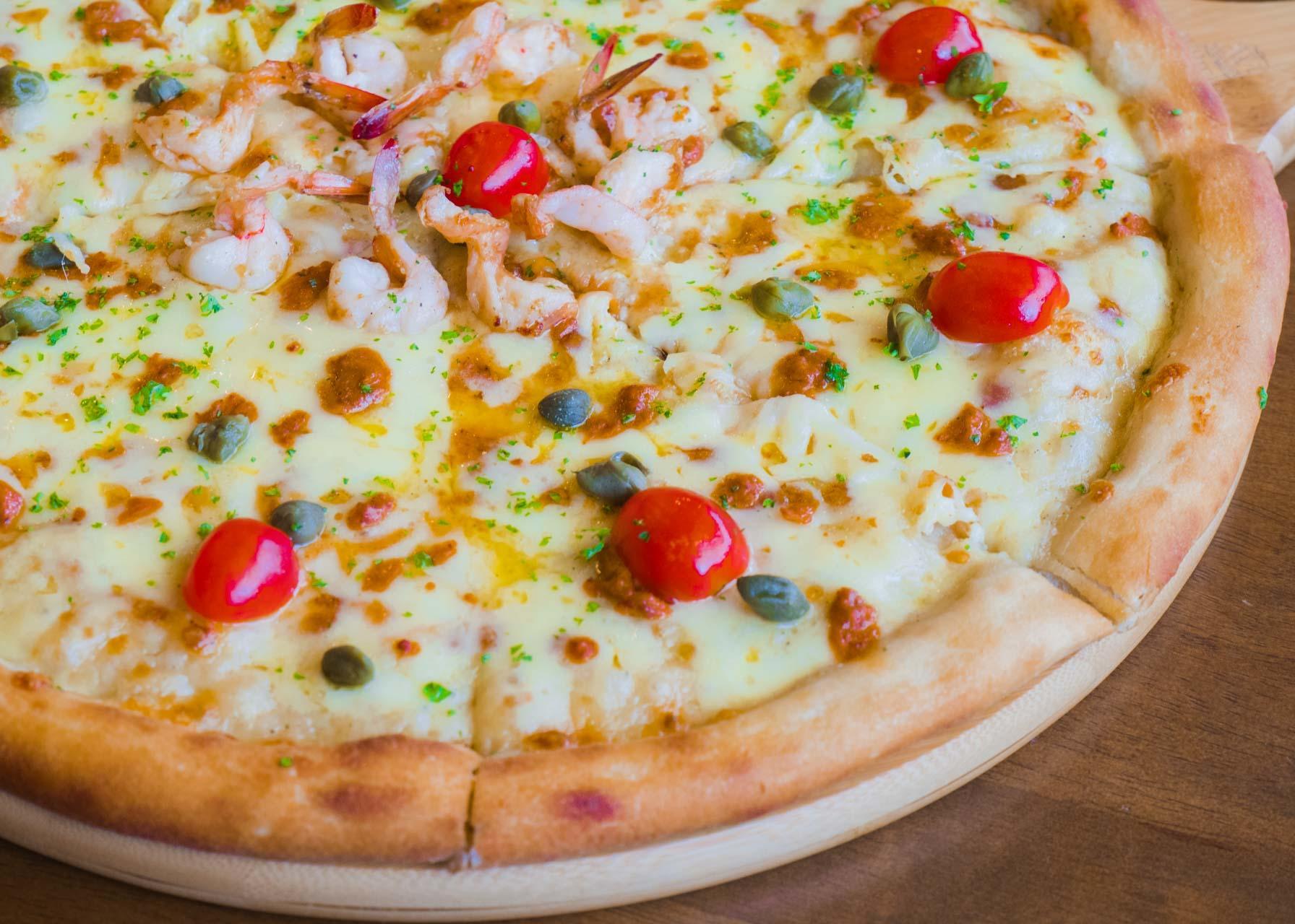 Aligue Shrimp Pizza